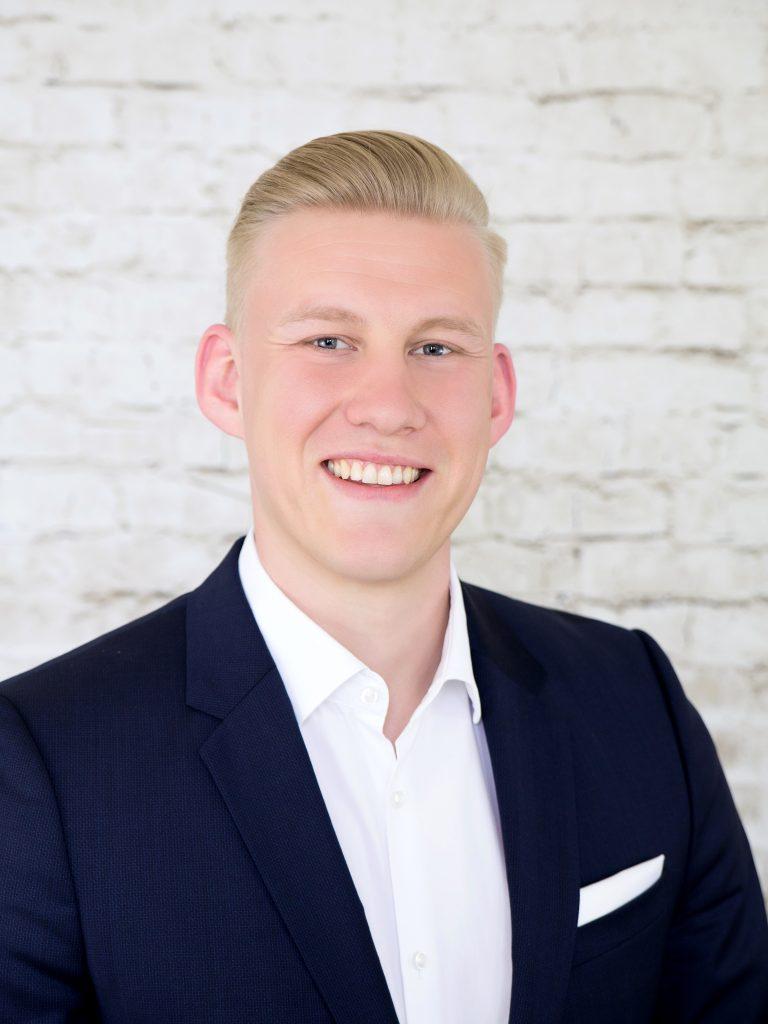 Simon Renzer - Prokurist, Unternehmensberatung